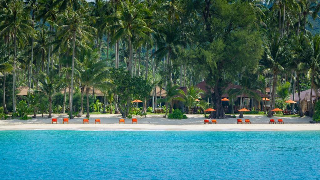 สระว่ายน้ำที่อยู่ใกล้ ๆ หรือใน Medee Resort