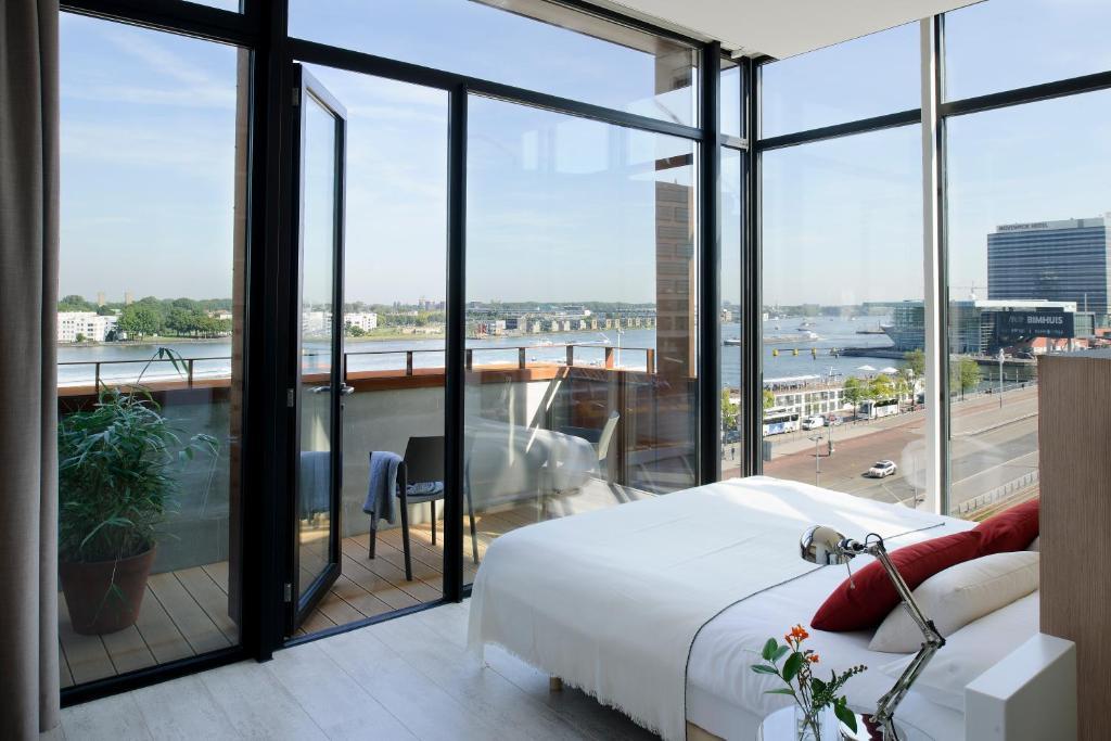 Een balkon of terras bij Eric Vökel Boutique Apartments - Amsterdam Suites