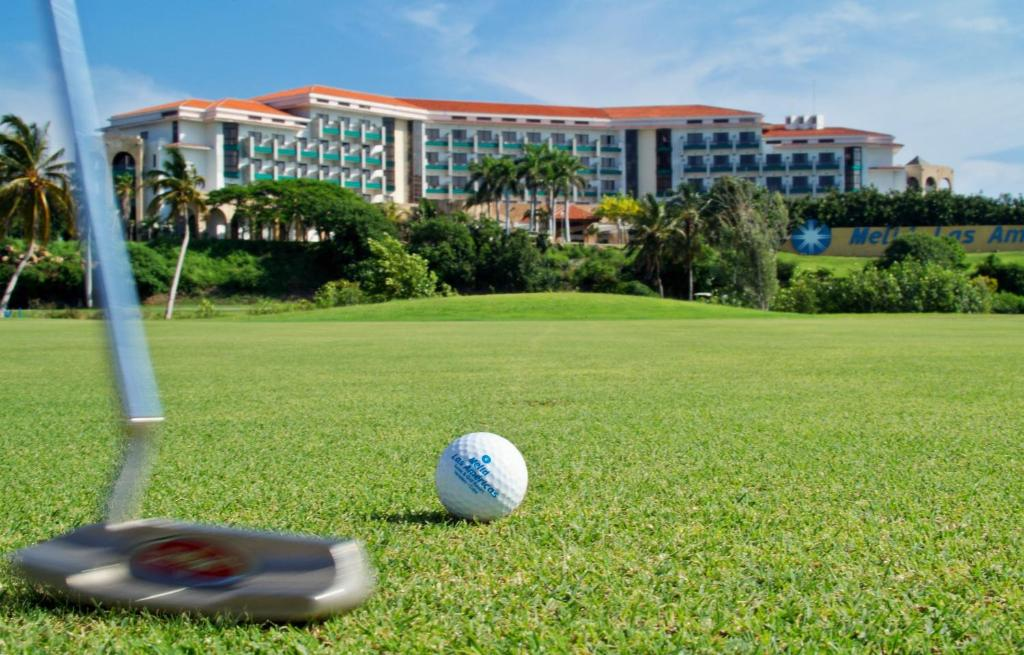 A garden outside Melia las Americas - Adults Only