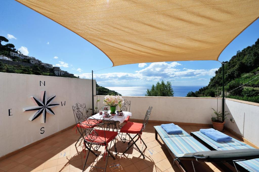 A porch or other outdoor area at Tenuta Mamma Carmela