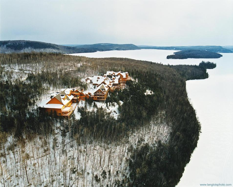 A bird's-eye view of Sacacomie Hôtel et Spa