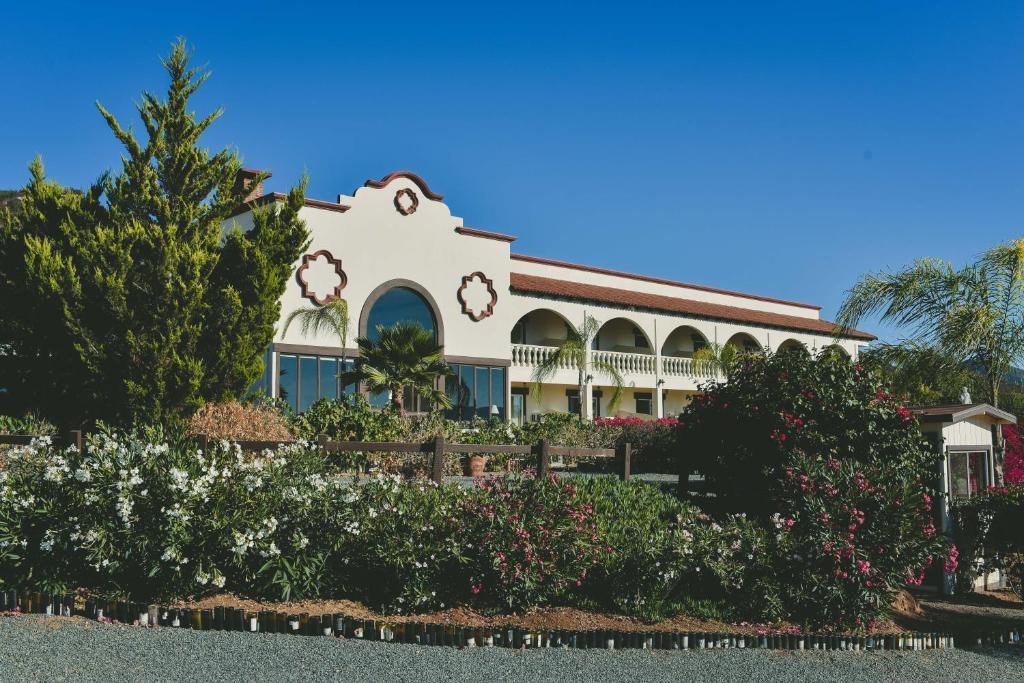 Jardín al aire libre en Hacienda Guadalupe Hotel
