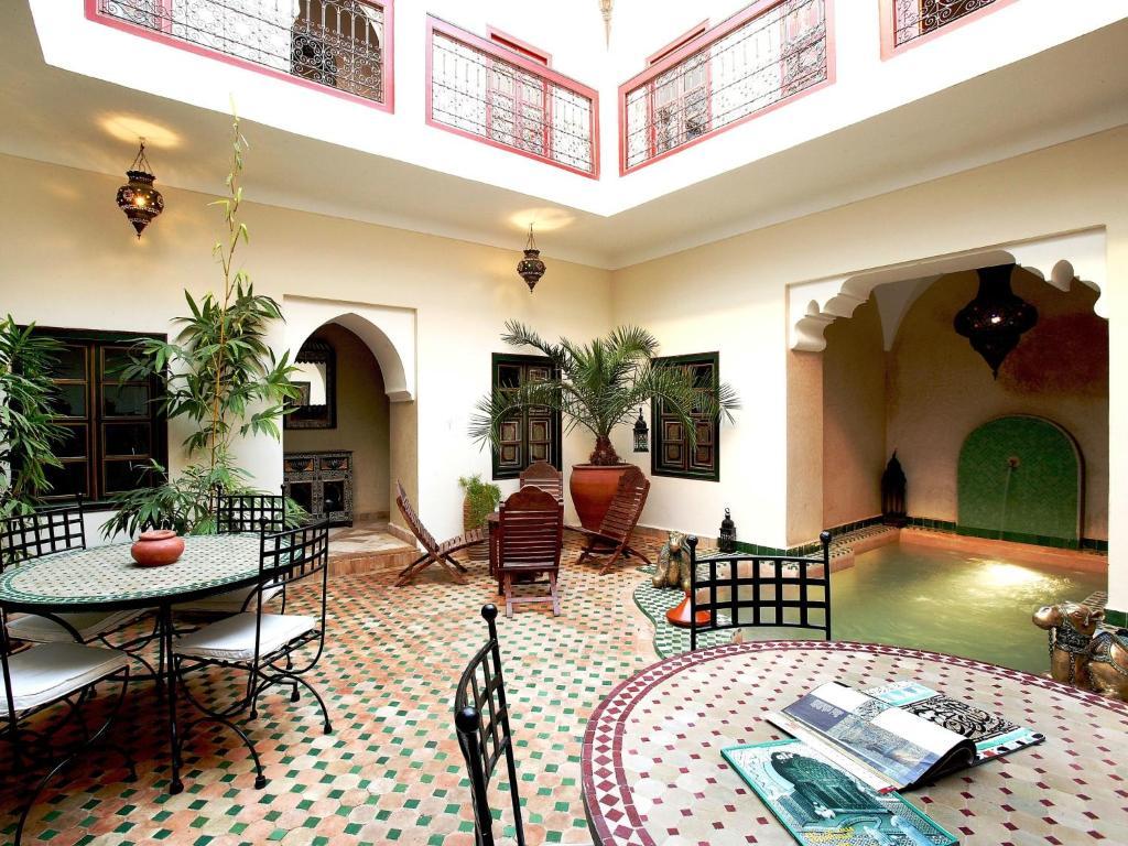 Lounge nebo bar v ubytování Riad Julia