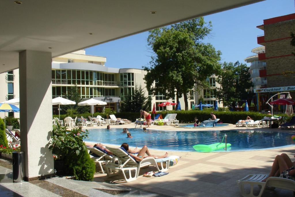 Het zwembad bij of vlak bij Hotel Klisura