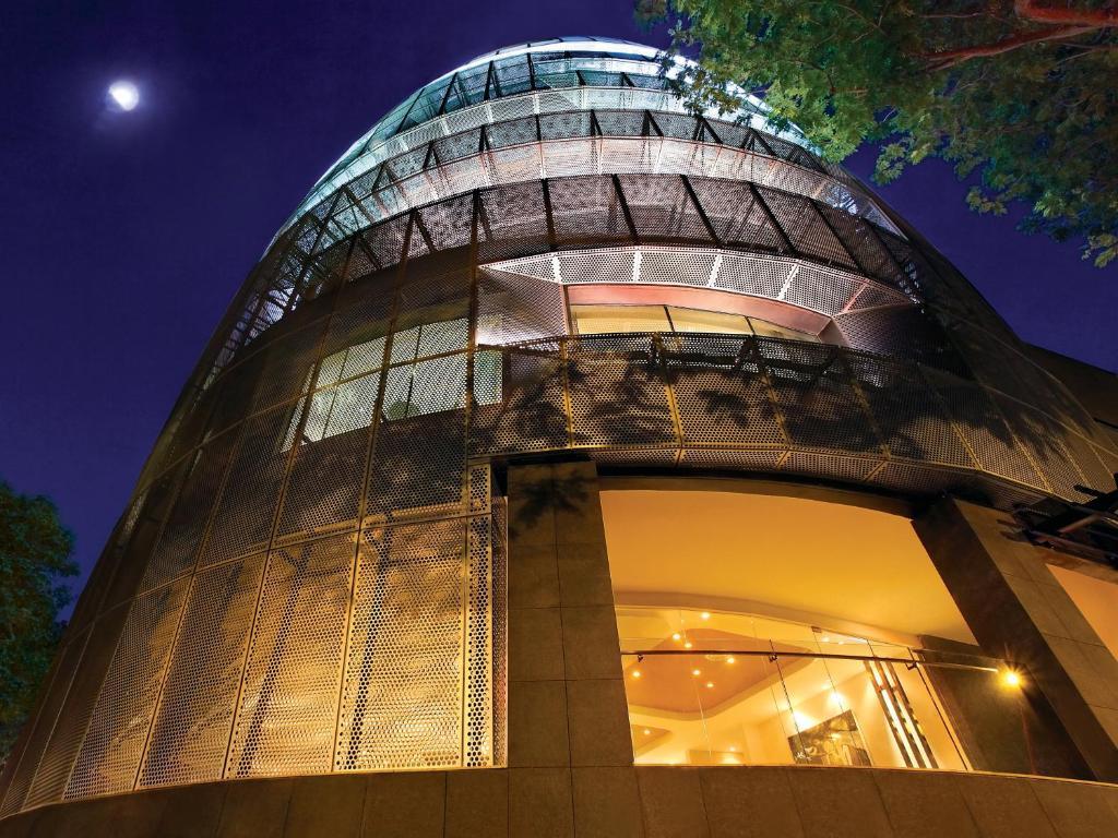The facade or entrance of Wangz Hotel