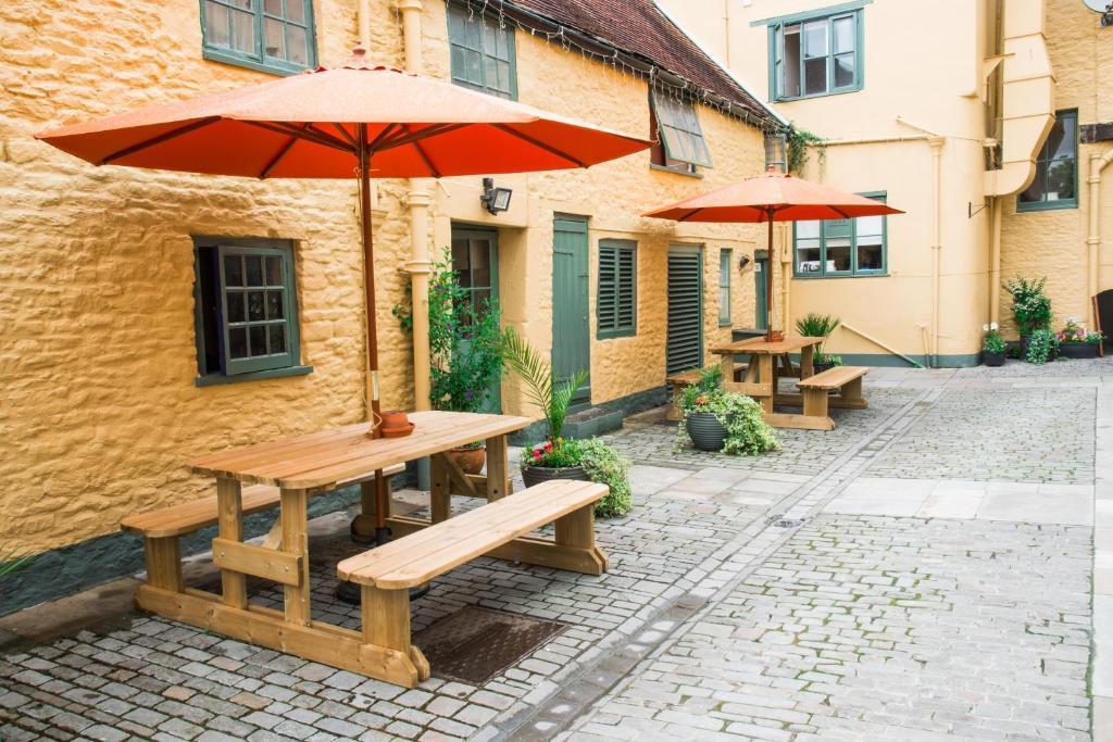 Terrasse ou espace extérieur de l'établissement The Dolphin Hotel