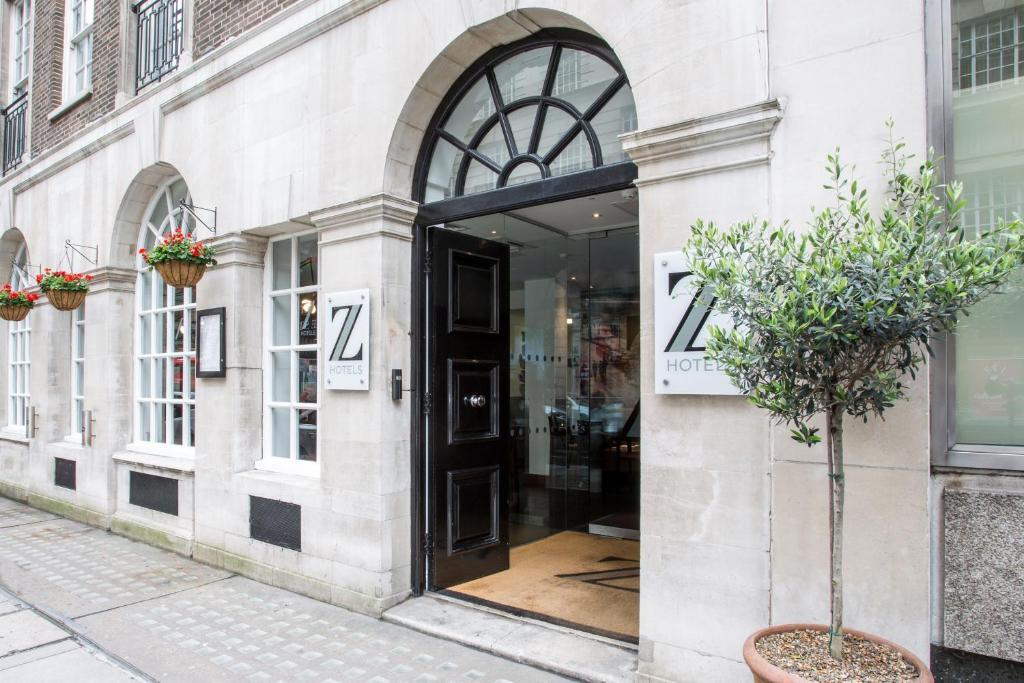 Фасада или вход на The Z Hotel Victoria