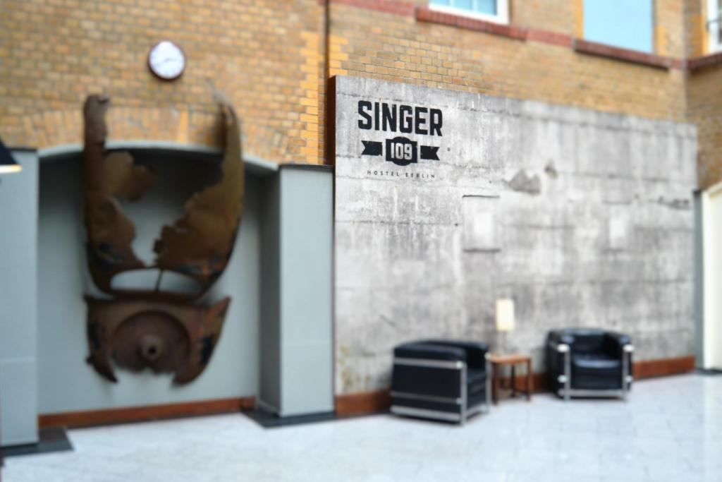 The lobby or reception area at Singer109 Hotel & Apartment