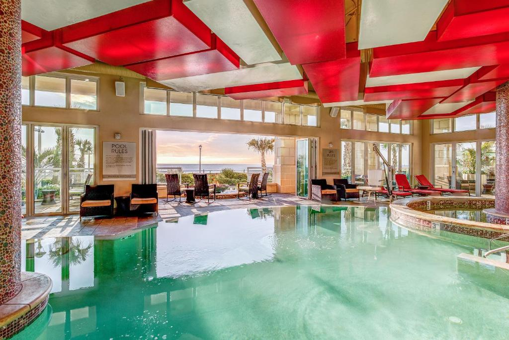The swimming pool at or near Oceanaire by Diamond Resorts