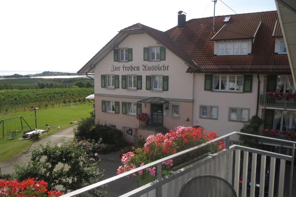 Ein Balkon oder eine Terrasse in der Unterkunft Gästehaus Frohe Aussicht