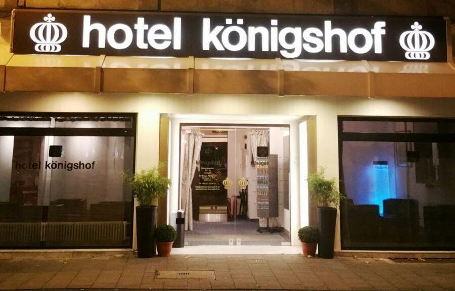 The facade or entrance of Hotel Königshof The Arthouse