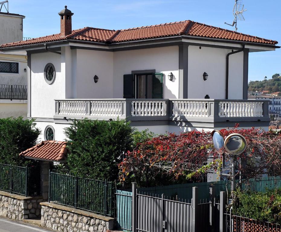 Villa Ortensia Italia Sant'agata Sui Due Golfi Booking Com