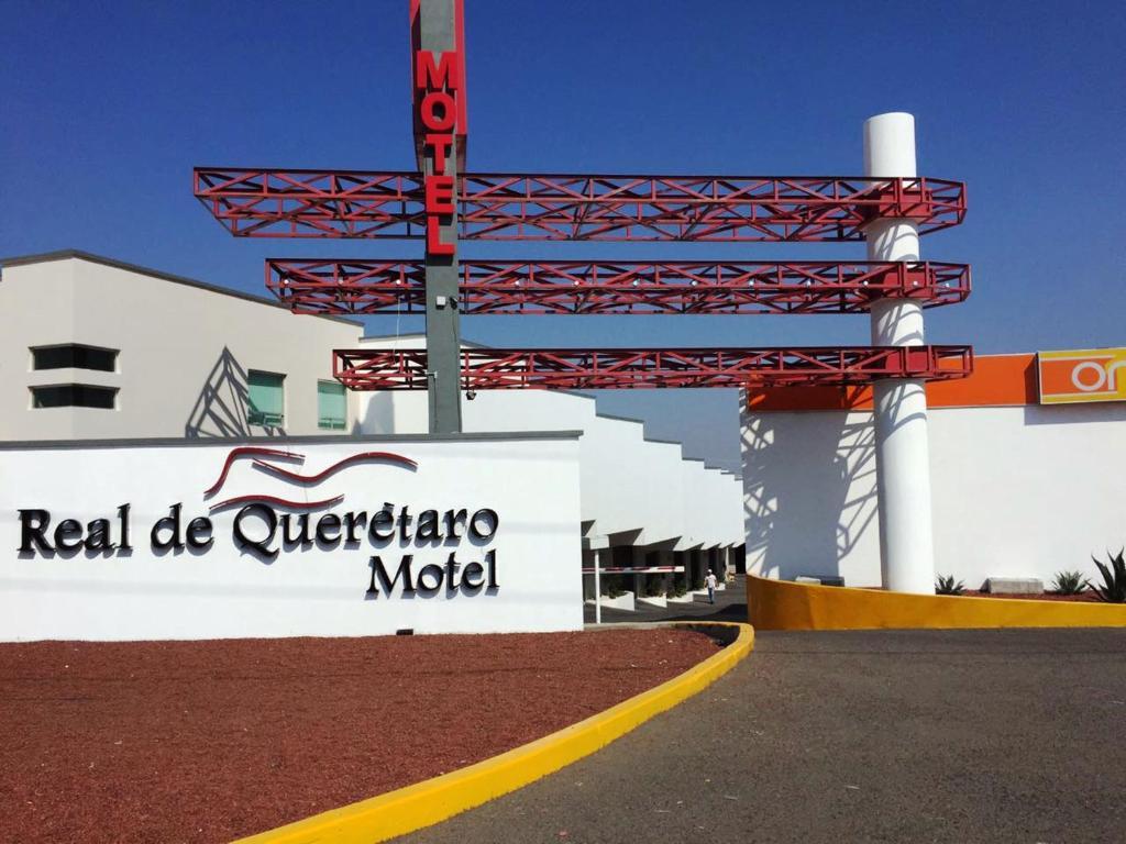 Suspenden ocho moteles en Querétaro, verifican 52 en todo el estado
