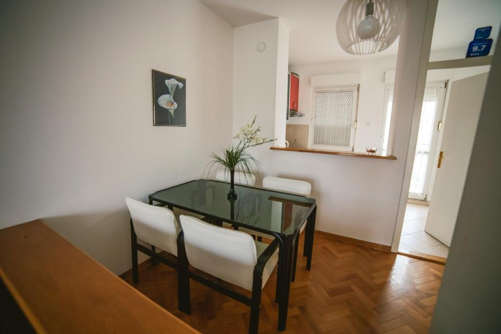 Viktorija Apartment