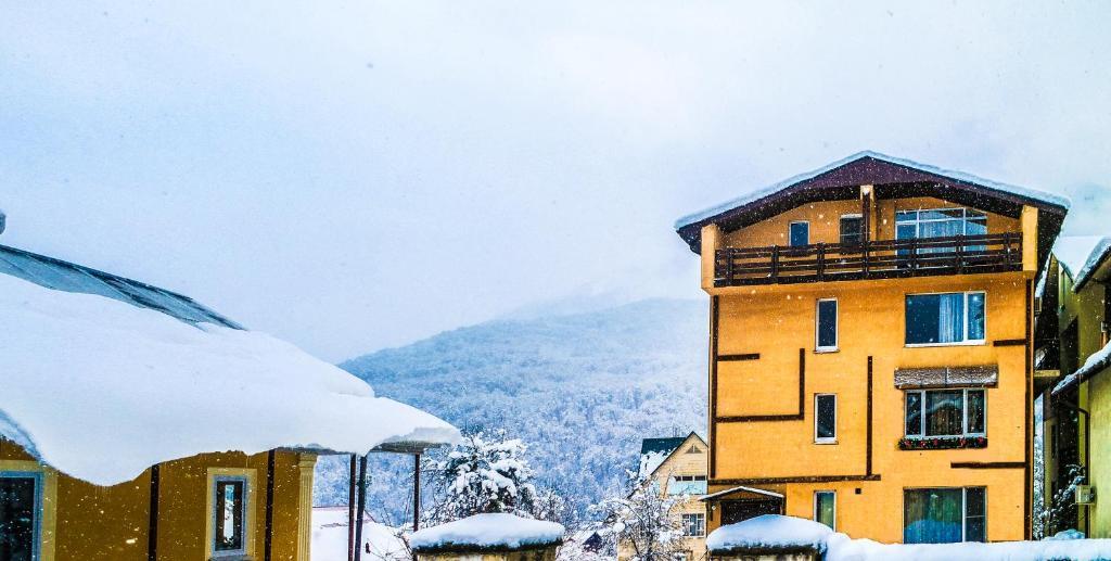 Апартаменты на Турчинского 50 зимой