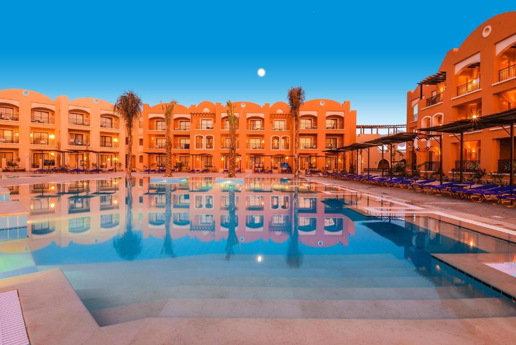 The swimming pool at or near Jaz Dar El Madina