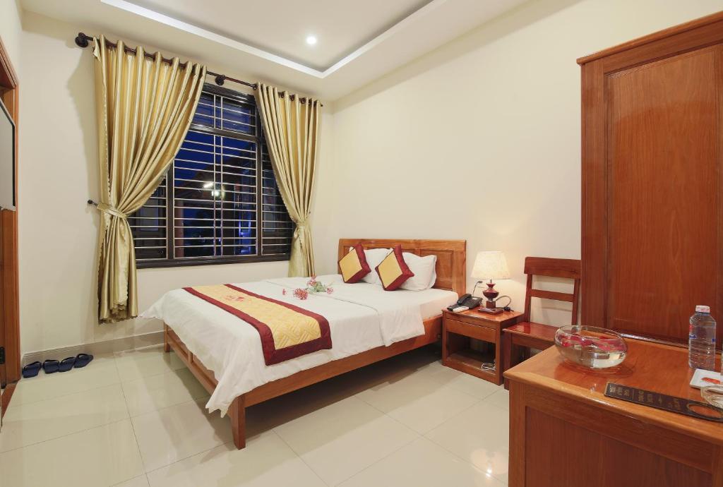 Dam Tien Hotel