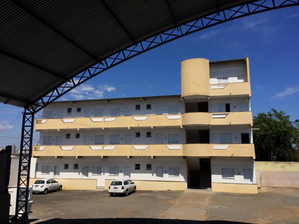Perea Hotel Inn