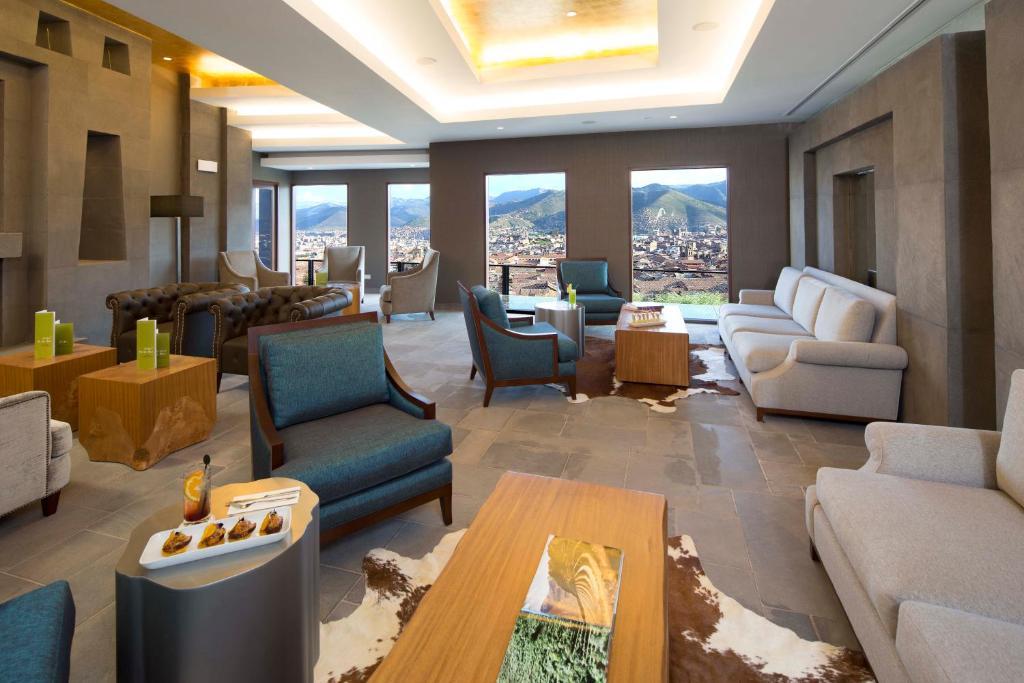 Zona de estar de Hilton Garden Inn Cusco