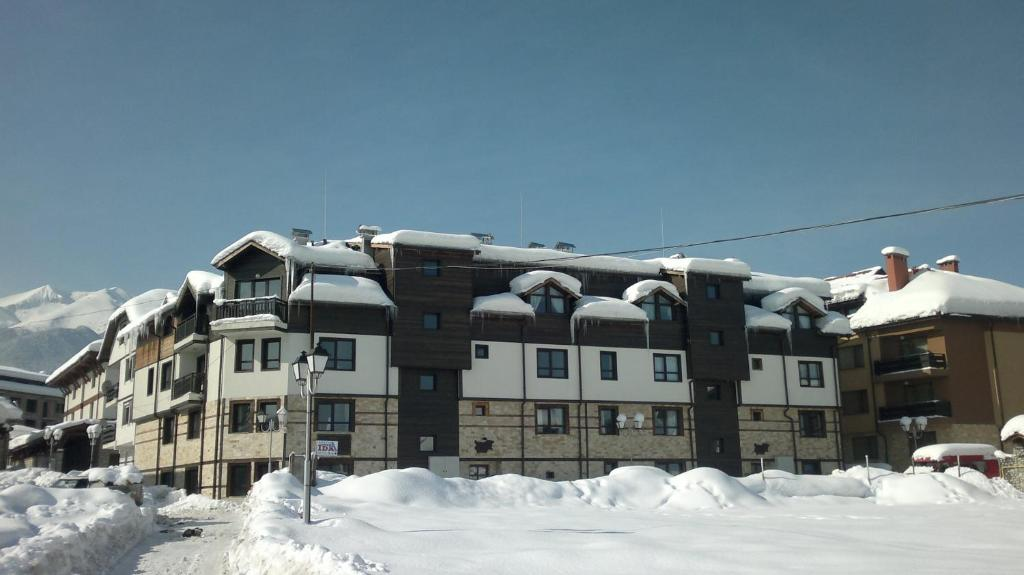 Gondola Apartments & Suites during the winter