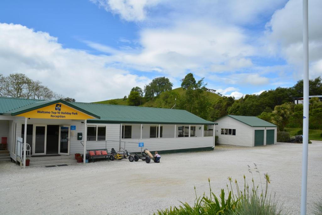 Waitomo TOP 10 Holiday Park