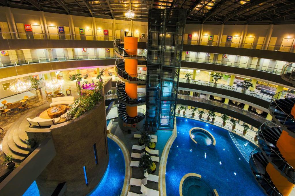 The swimming pool at or near Doğa Thermal Health & Spa