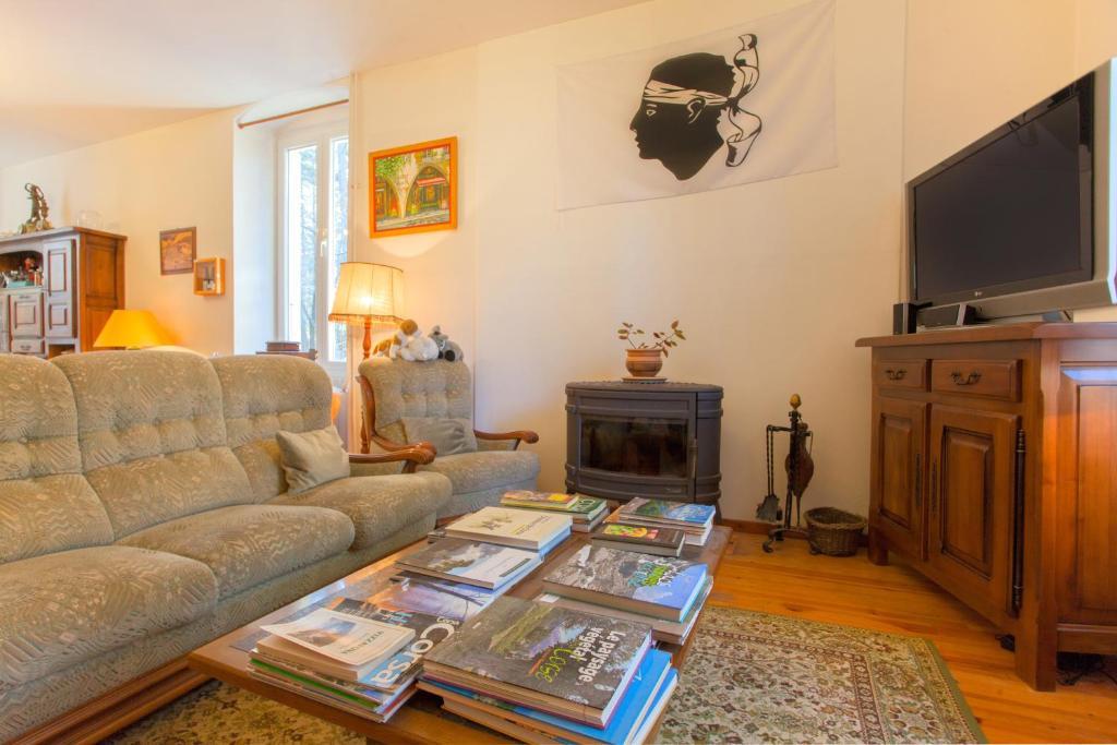 The lounge or bar area at Casa Alta