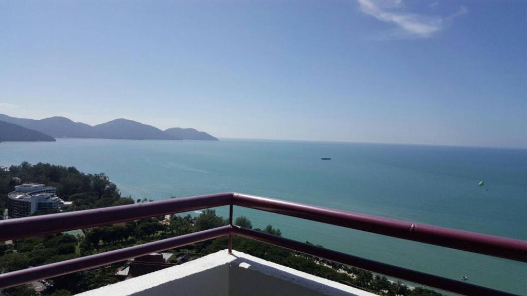 Balkoni atau teres di Batu Ferringhi Seaview Apartment