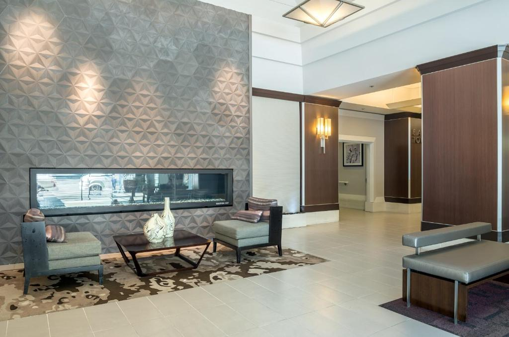 Global Luxury Suites at Howard Street