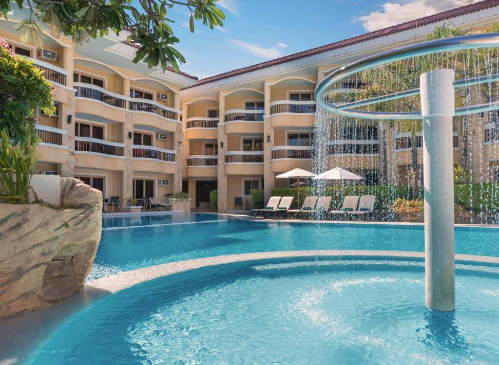 The swimming pool at or near Henann Regency Resort and Spa
