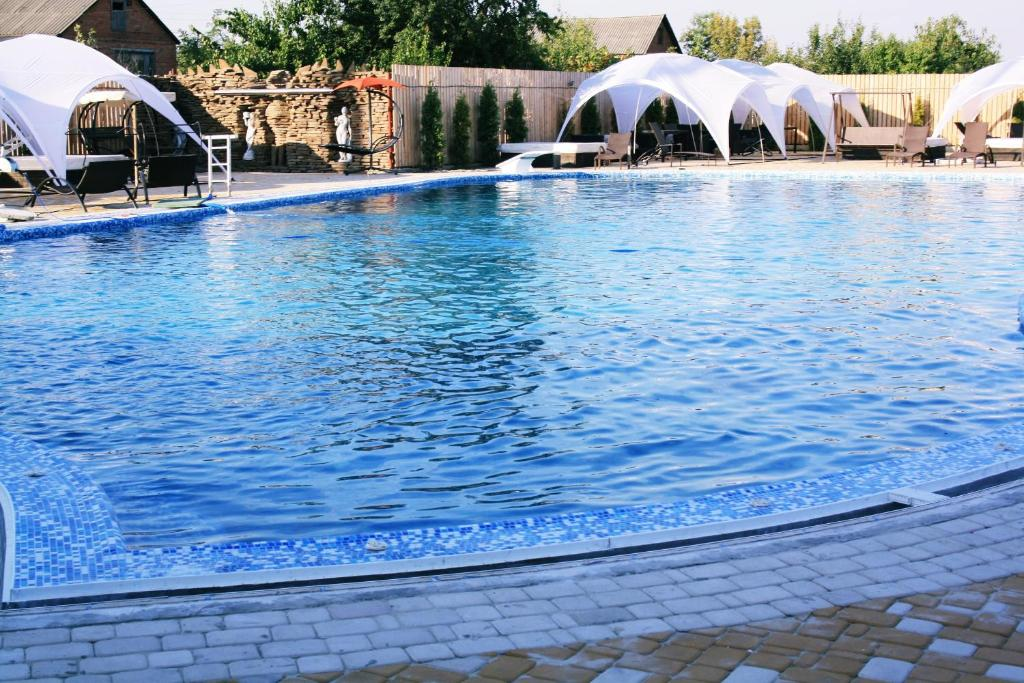 The swimming pool at or close to Hotel Timosha