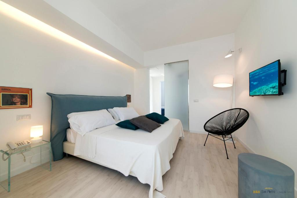 A bed or beds in a room at B&B San Pietro