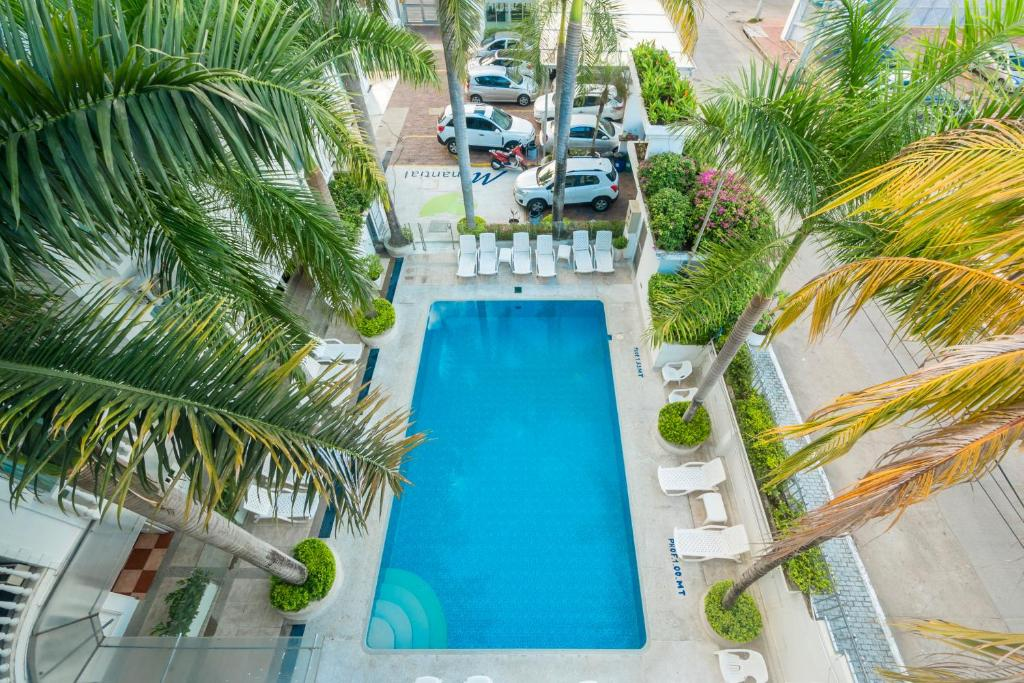 Vista de la piscina de Hotel Manantial Melgar o alrededores