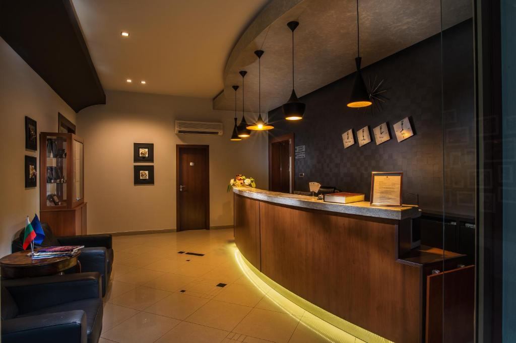 The lobby or reception area at Forum Hotel