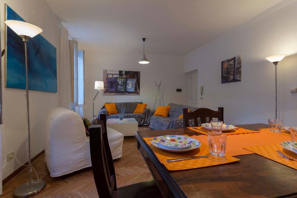 Poltrone E Sofa Roma Pomezia.Apartment Vatican Charming Suite Rome Italy Booking Com