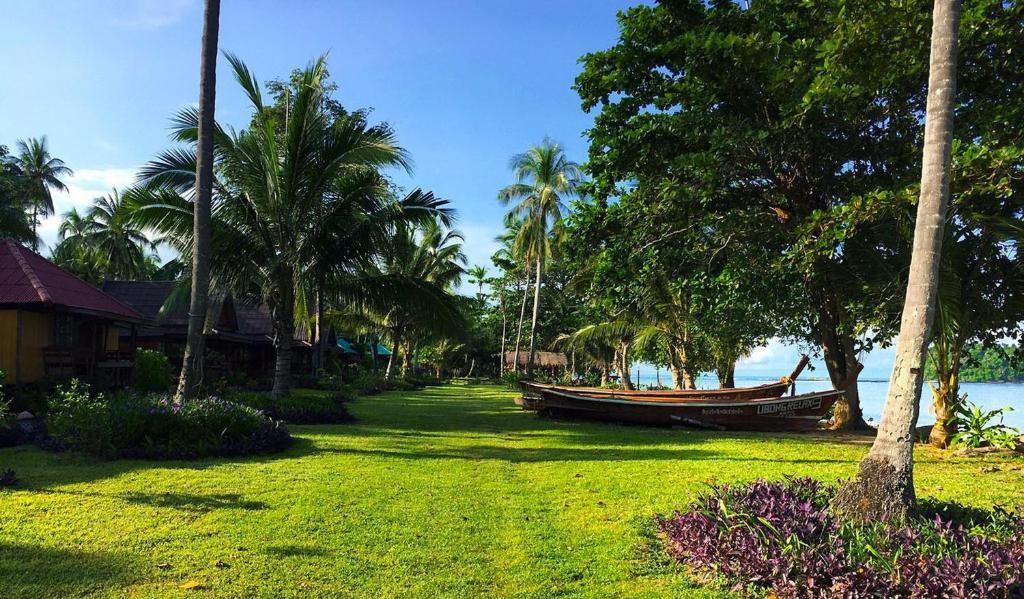 A garden outside Libong Relax Beach Resort