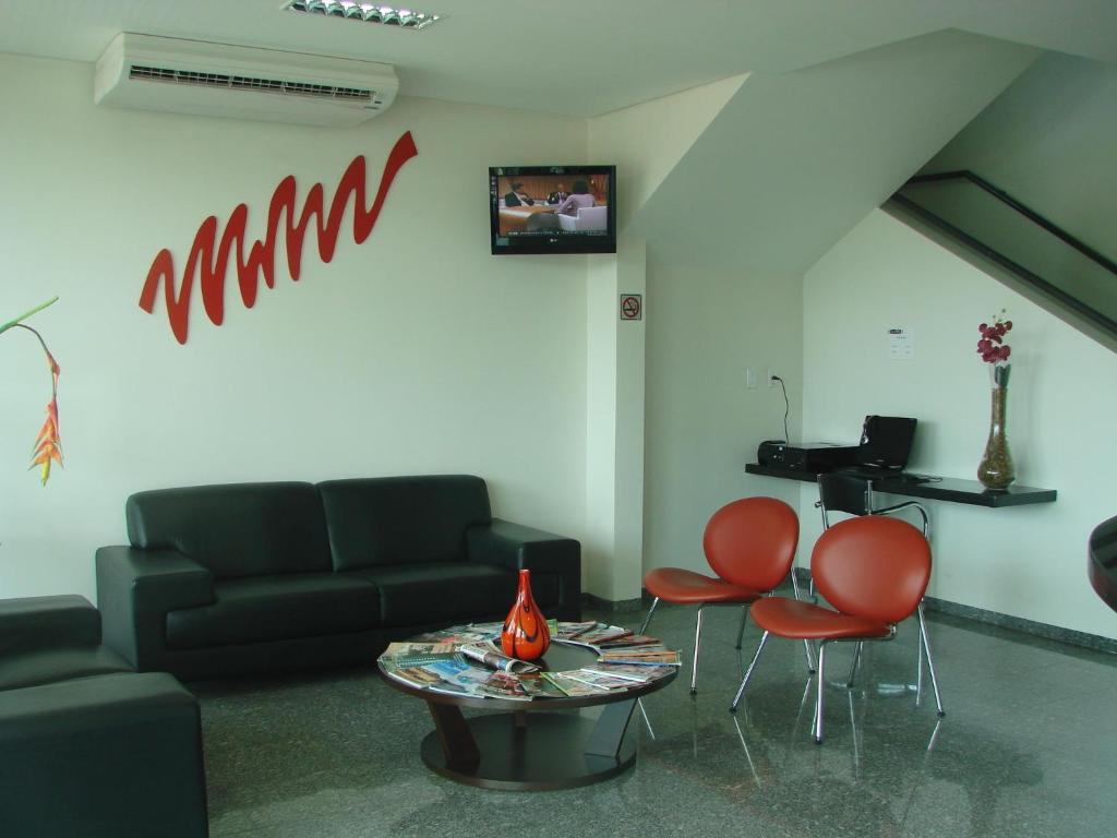 A seating area at Hotel FIT
