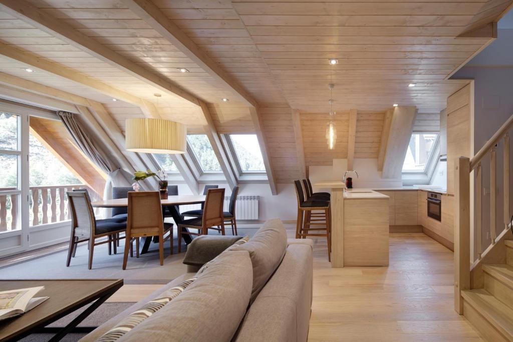 Apartment Val de Ruda Luxe 44 by FeelFree, Baqueira-Beret ...