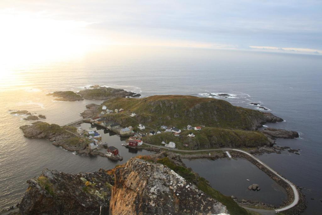 A bird's-eye view of Holmvik Brygge Nyksund