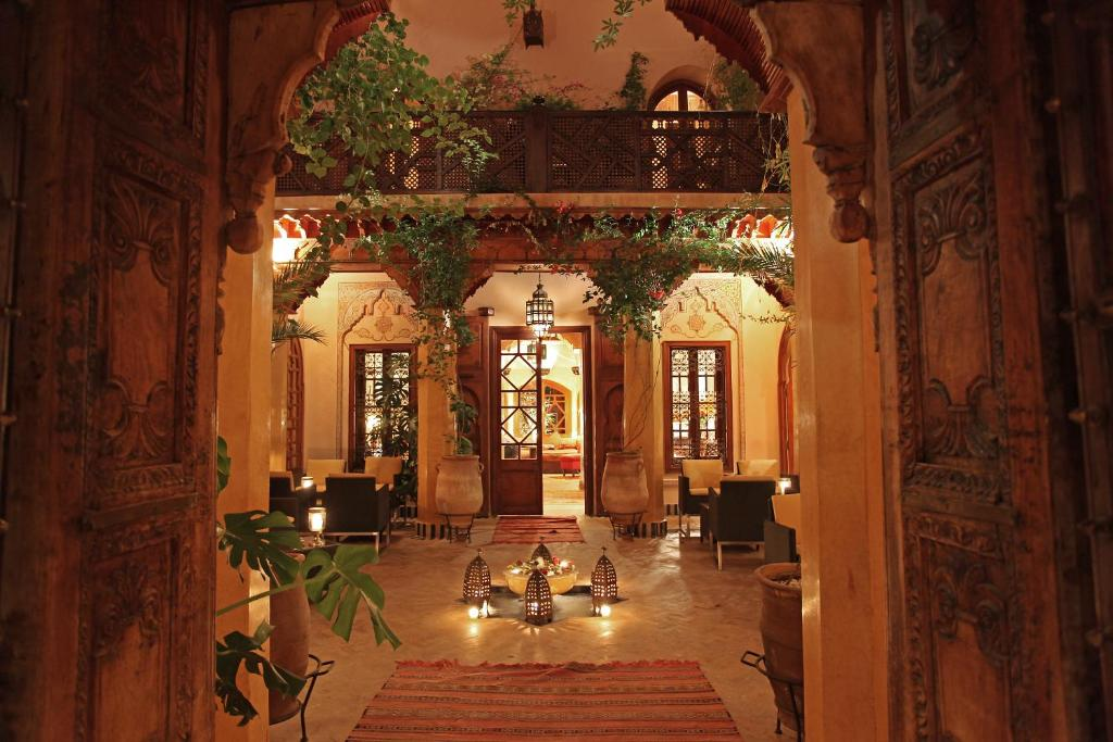 A restaurant or other place to eat at La Maison Arabe Hotel, Spa & Cooking Workshops