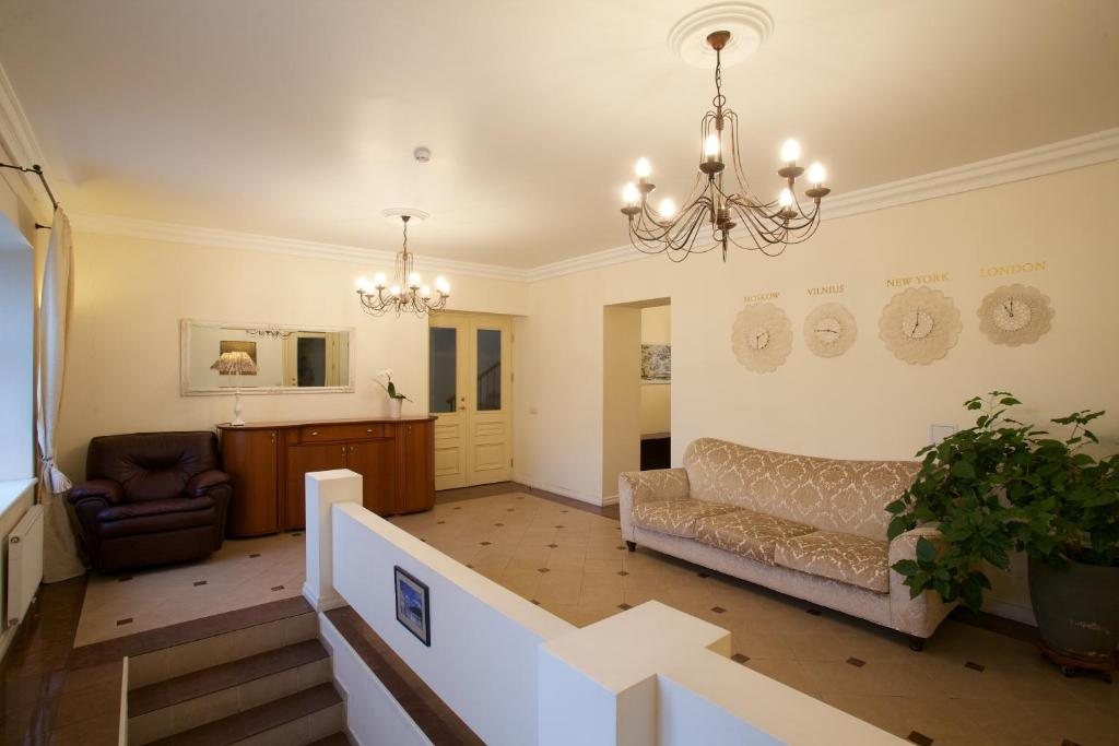 Svetainės erdvė apgyvendinimo įstaigoje Vilnius City Apartments