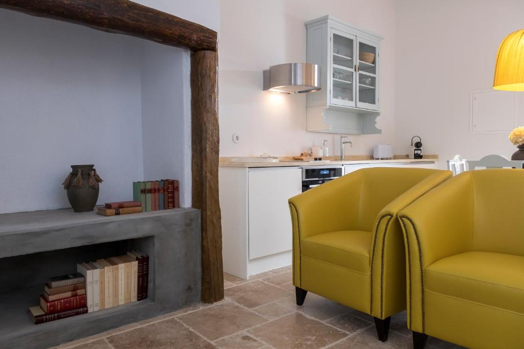 A kitchen or kitchenette at Lugares Com História