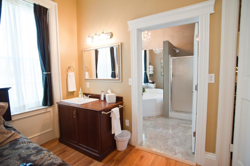 A bathroom at Beacon Hotel Oswego