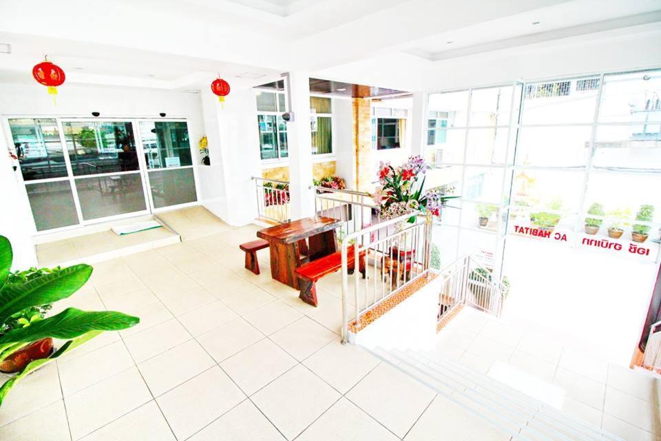 Ac Habitat Bangkok