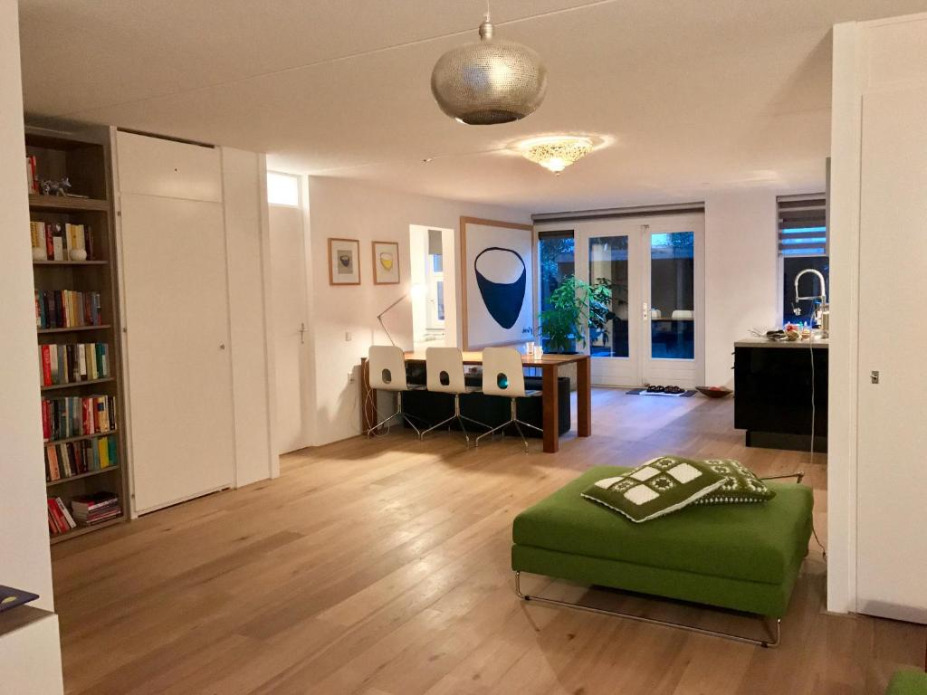 Slaapbank Rotterdam Goudsesingel.Luxe Appartement In Rotterdam Centrum Netherlands Booking Com