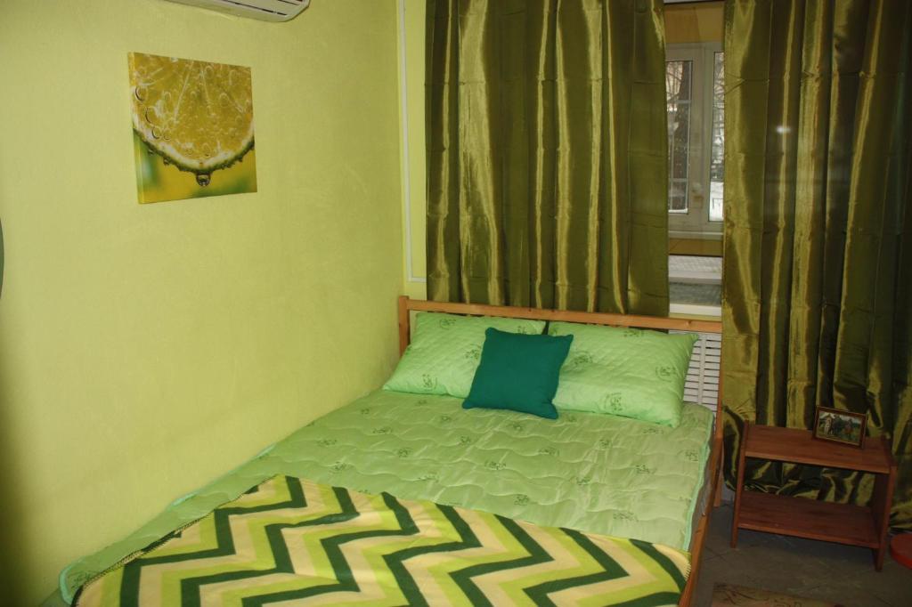 Кровать или кровати в номере Len Inn Lux Hostel