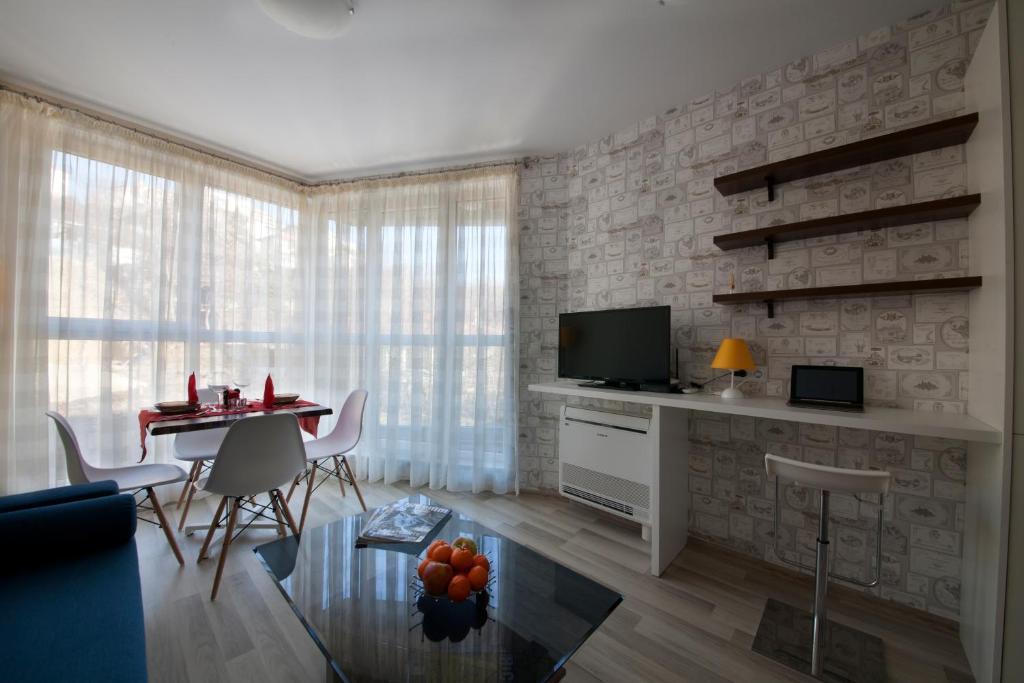 Three Bedroom Apartment Images Stock Photos Vectors Shutterstock