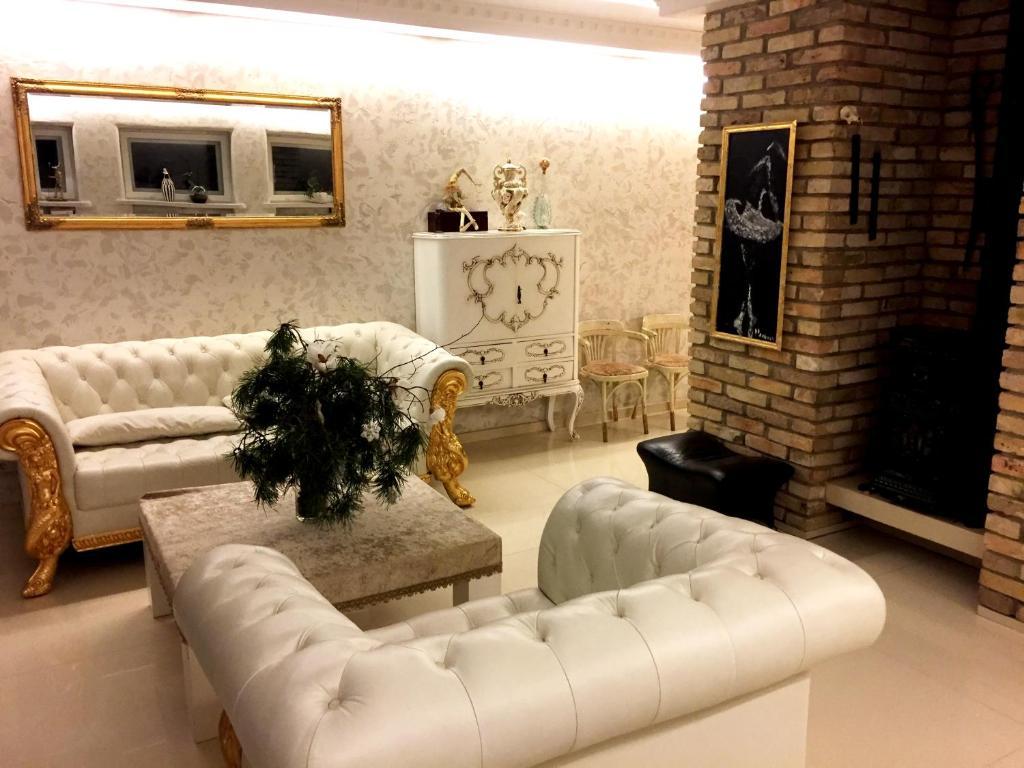 A seating area at Vilnius Luxury Apartment 3