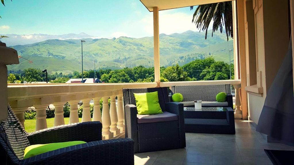 El Indiana Hotel, San Roque del Acebal, Spain - Booking.com