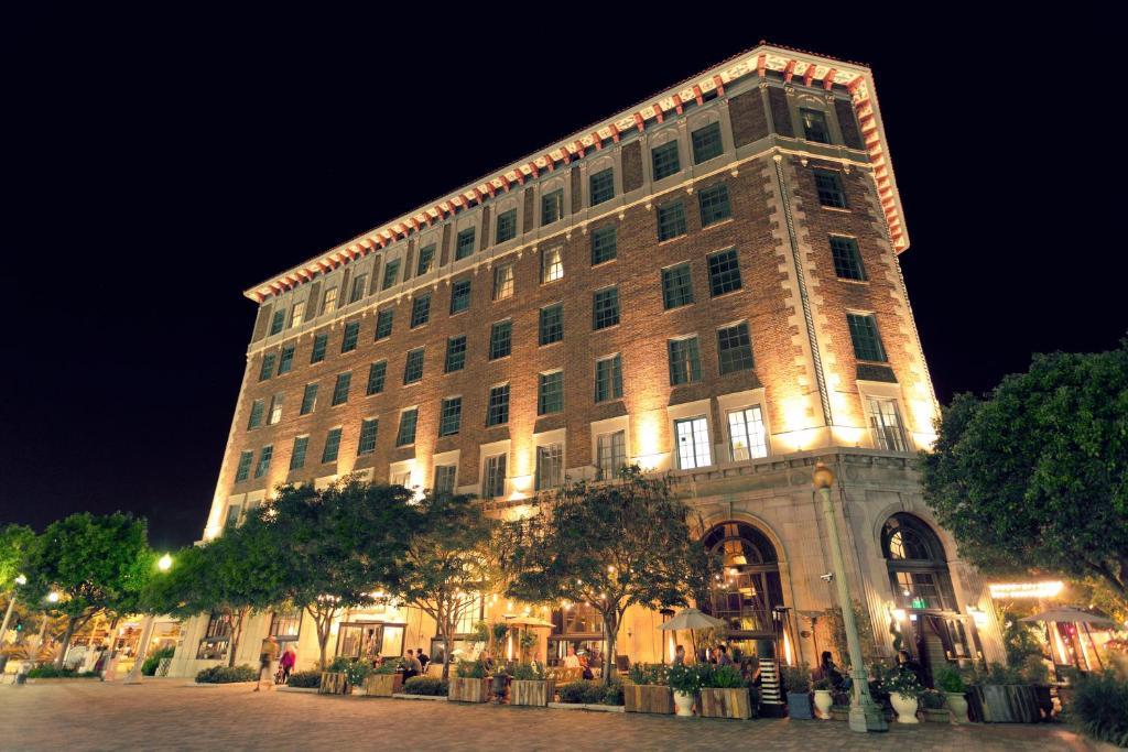 The Culver Hotel.